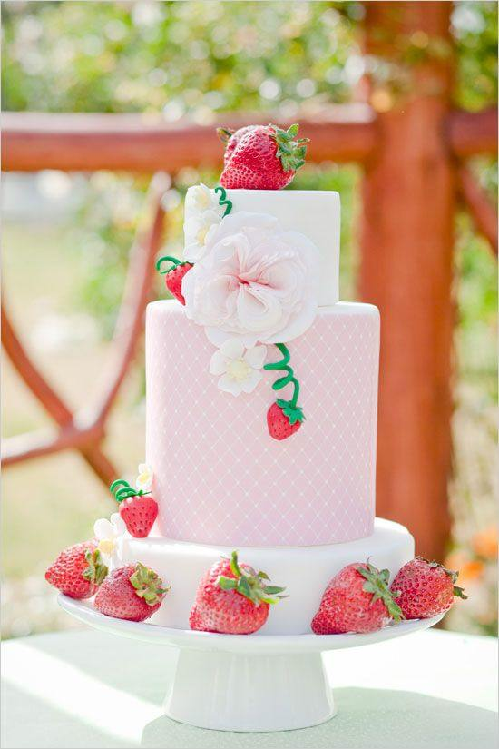 wedding-cakes-10-05232015-ky