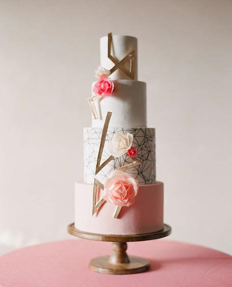 wedding-cakes-5-05232015-ky