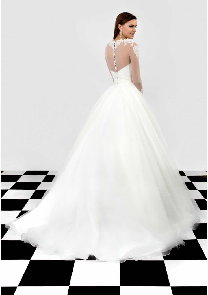 bien-savvy-wedding-dress-11.1-06212015nz