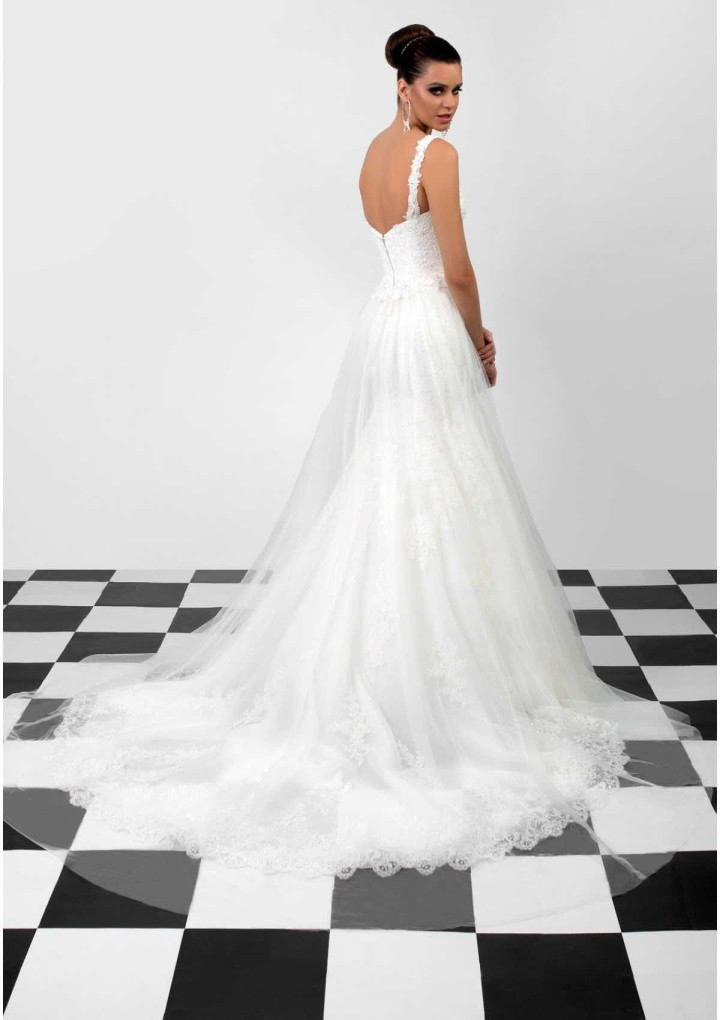 bien-savvy-wedding-dress-15-06212015nz