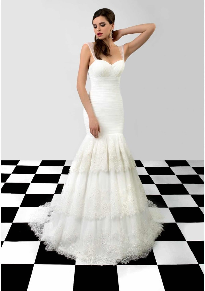 bien-savvy-wedding-dress-19-06212015nz