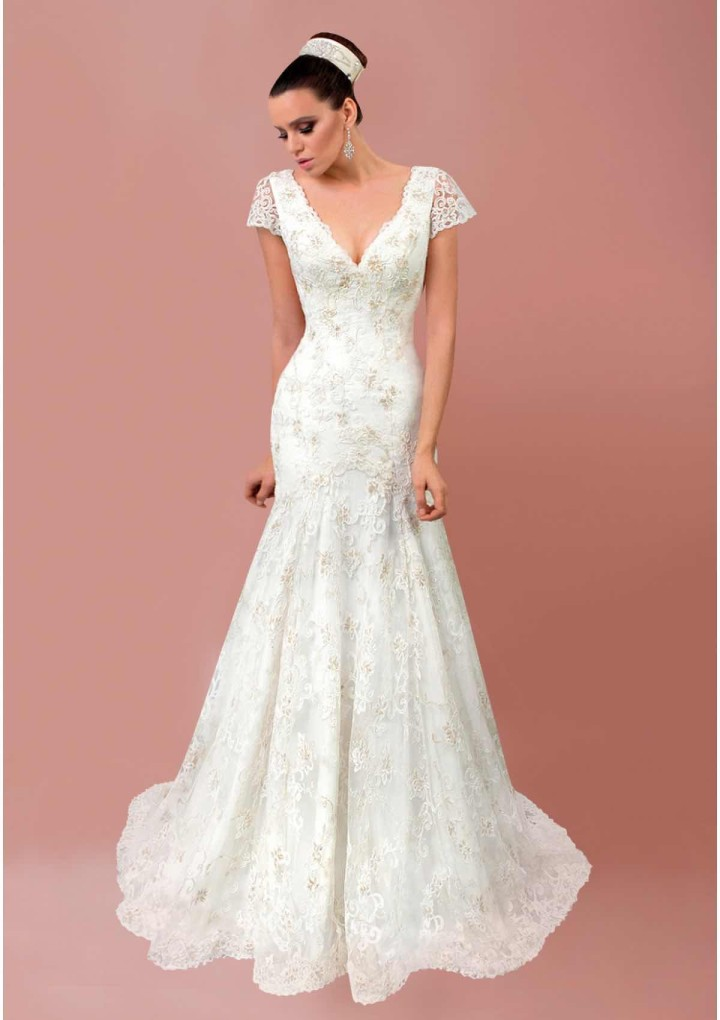 bien-savvy-wedding-dress-24-06212015nz