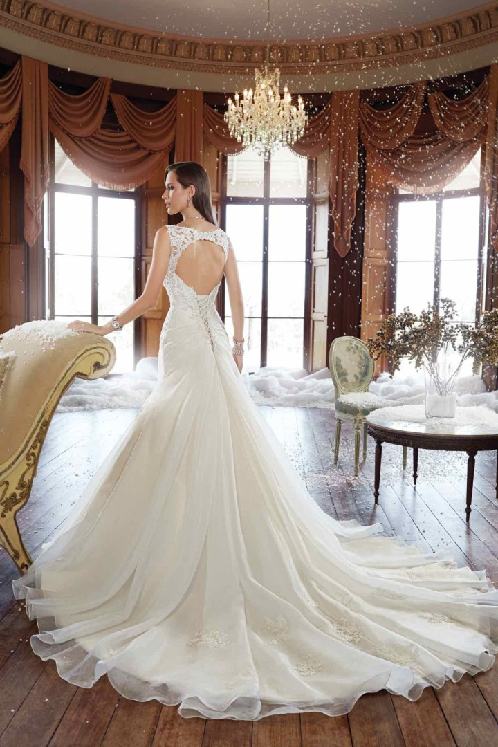 sophia-tolli-wedding-dress-25-06102015na