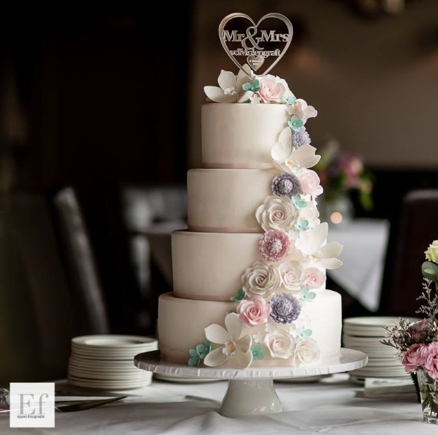 wedding-cakes-17-06292015-km