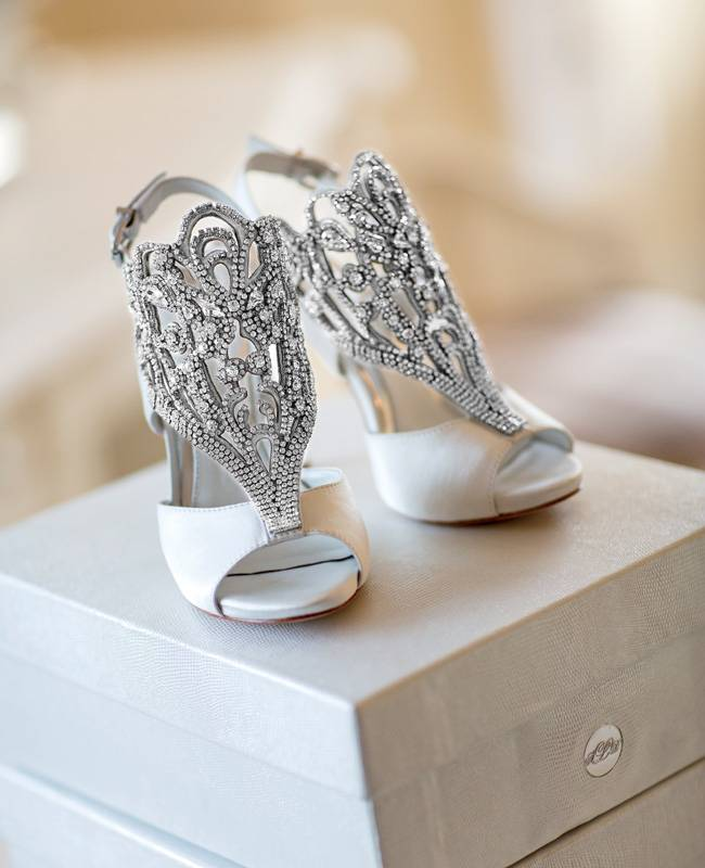 86894e0a14f 19 Beautifully Studded Wedding Shoes - MODwedding