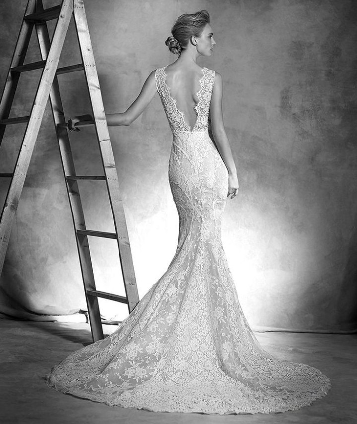 atelier-pronovias-wedding-dress-2016-2-07102015ch