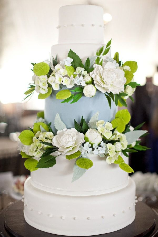 wedding-cakes-11-07162015-ky