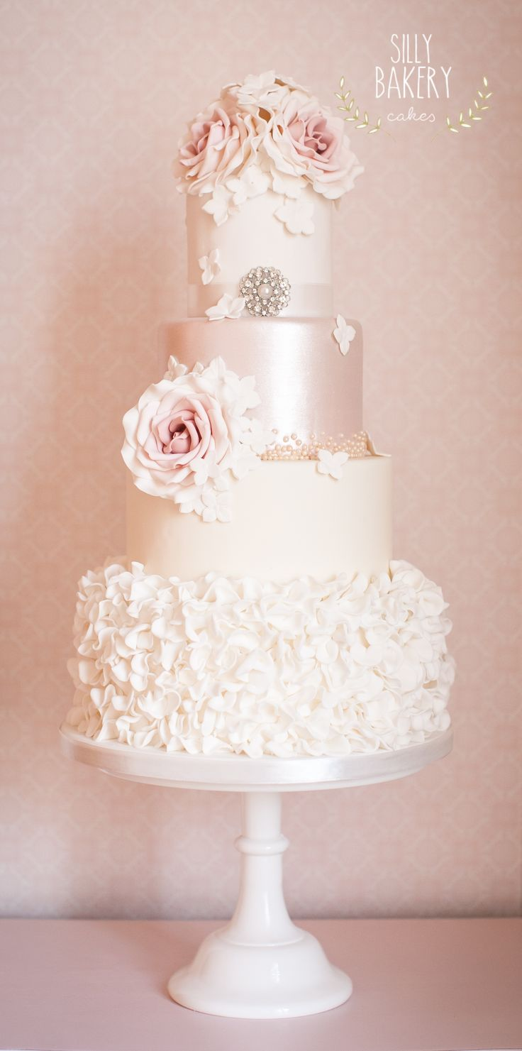 wedding-cakes-19-07142015-km