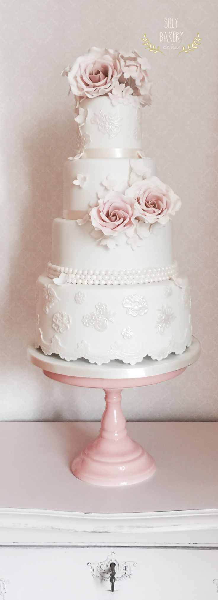 wedding-cakes-23-07142015-km