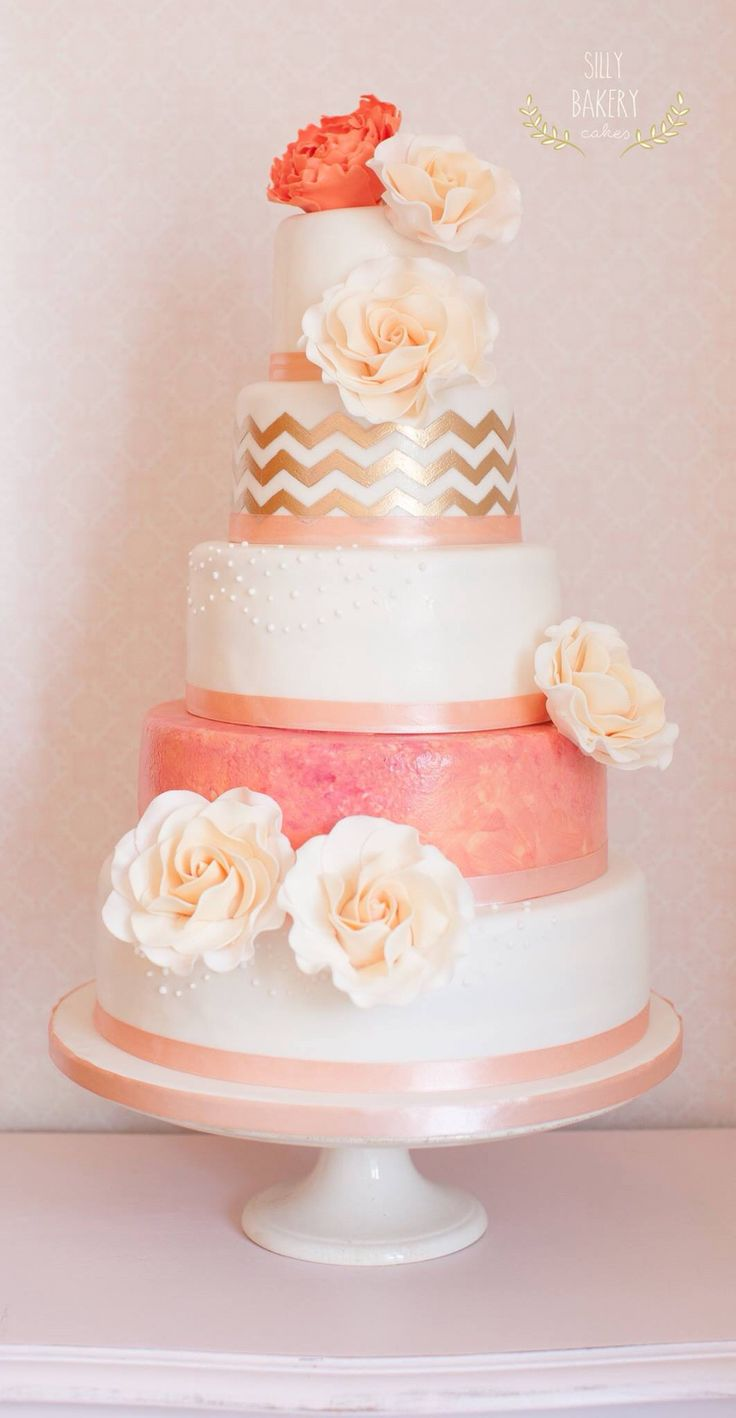 wedding-cakes-3-07142015-km