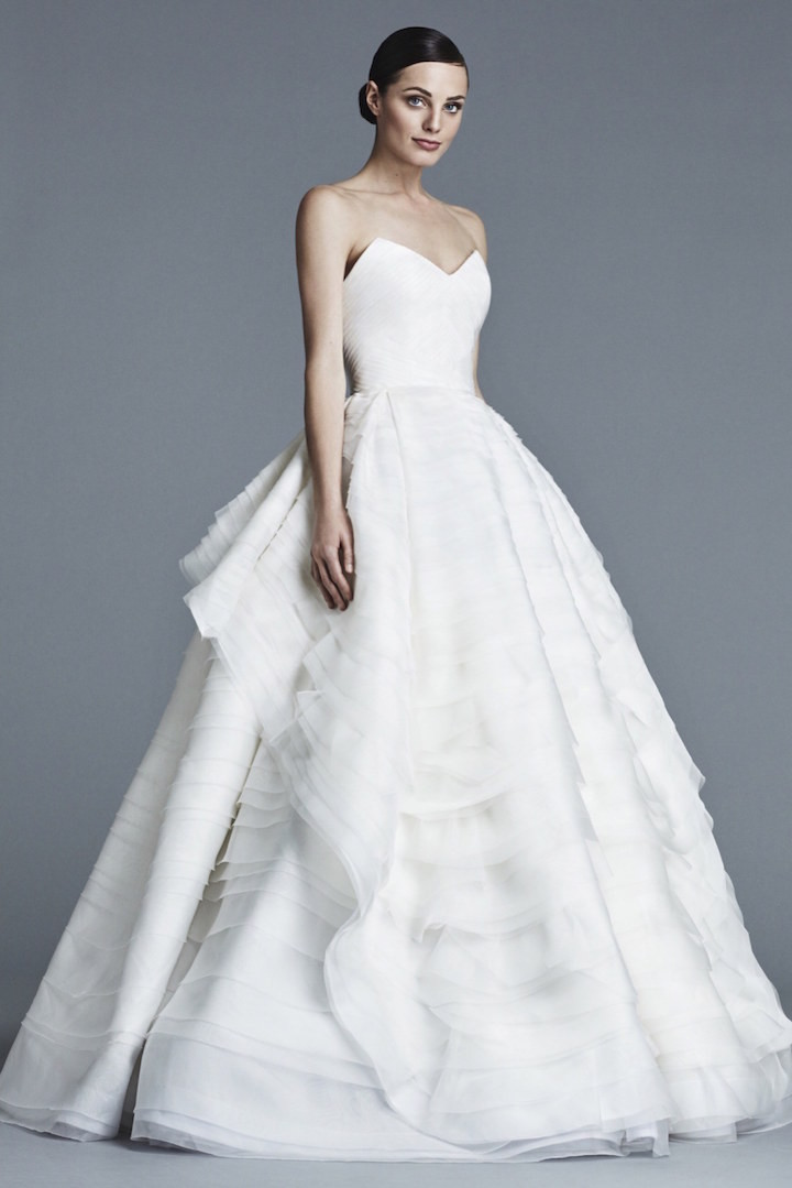 J-Mendel-wedding-dress-10-01132016nz