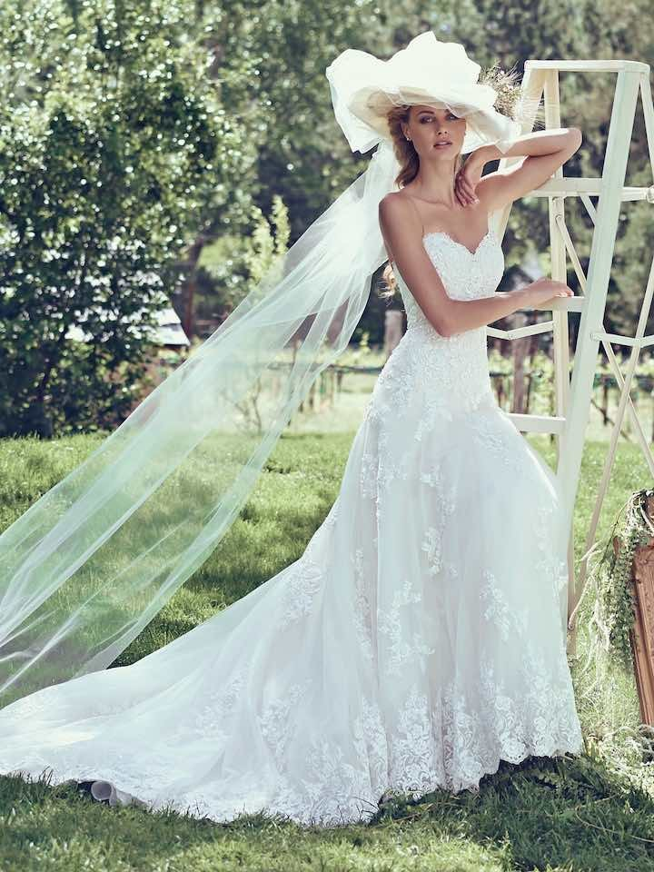 Maggie-Sottero-wedding-dress-4-01052016nz