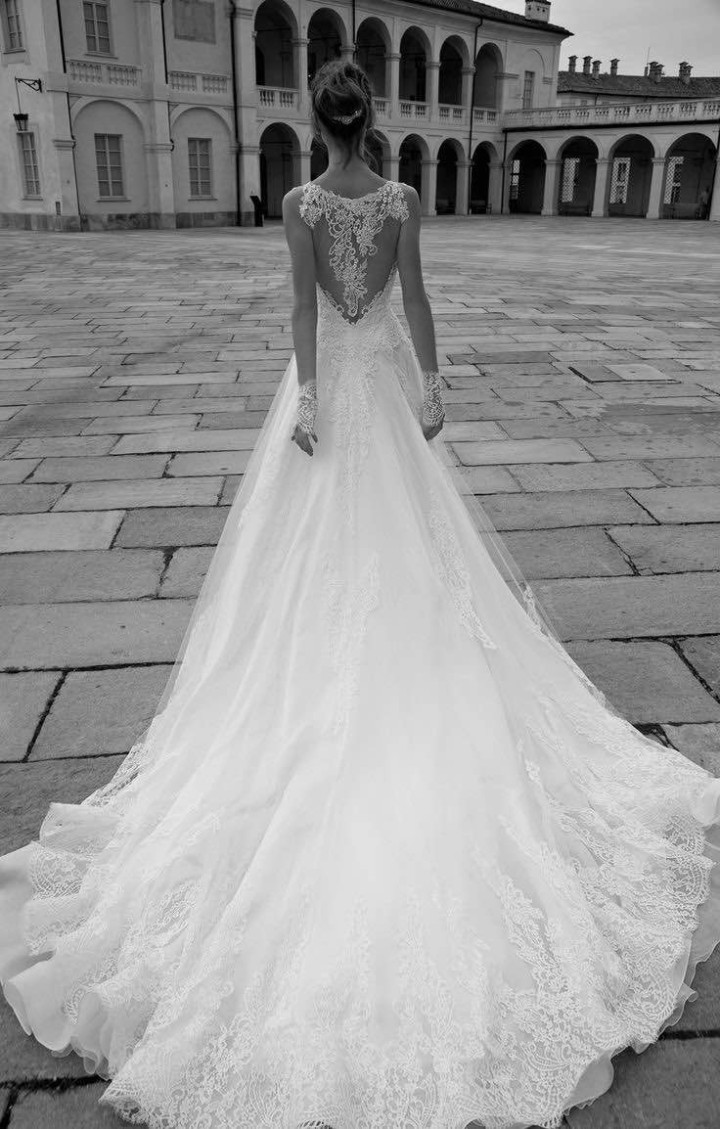 alessandra-rinaudo-wedding-dress-2016-28-10082015nz