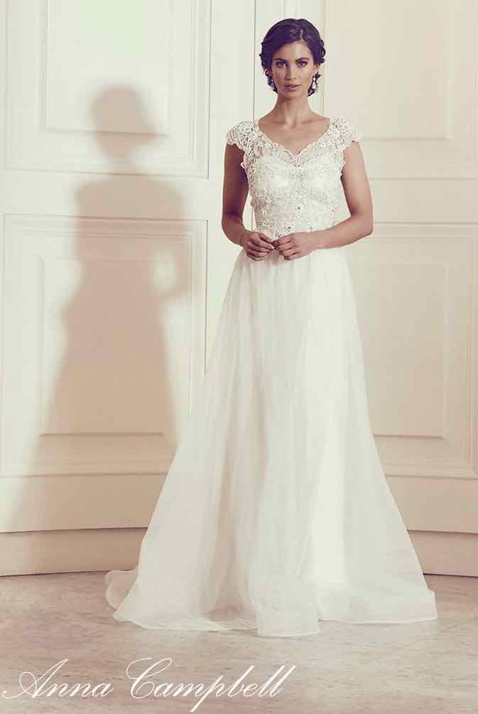 anna-campbell-wedding-dress-14-10222015nz
