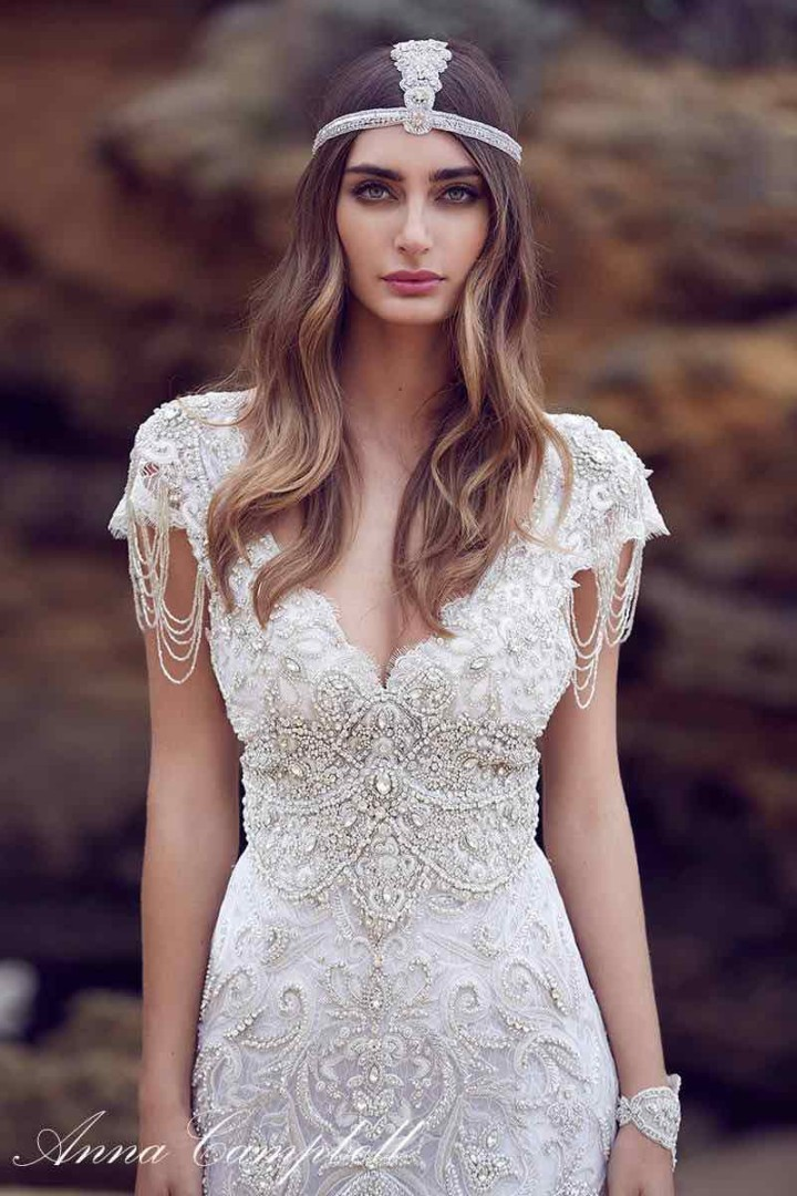 anna-campbell-wedding-dress-18-10222015nz