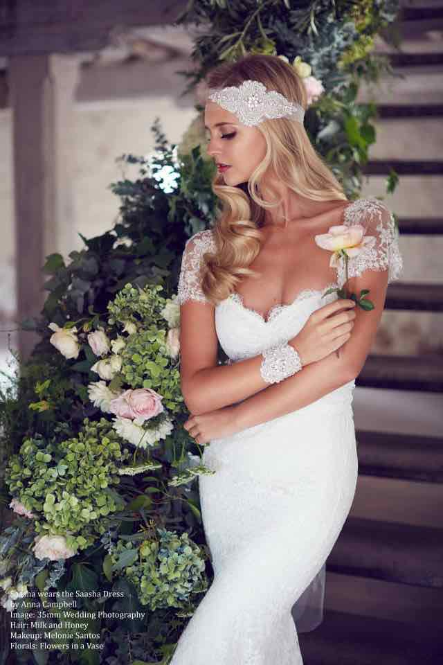 anna-campbell-wedding-dress-2-10222015nz