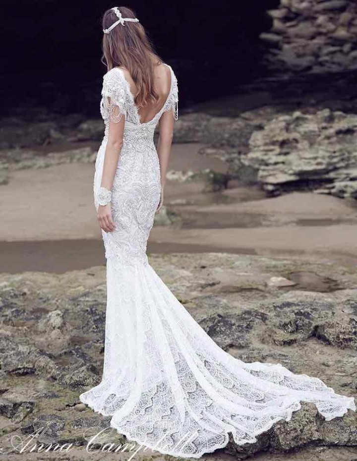 anna-campbell-wedding-dress-20-10222015nz