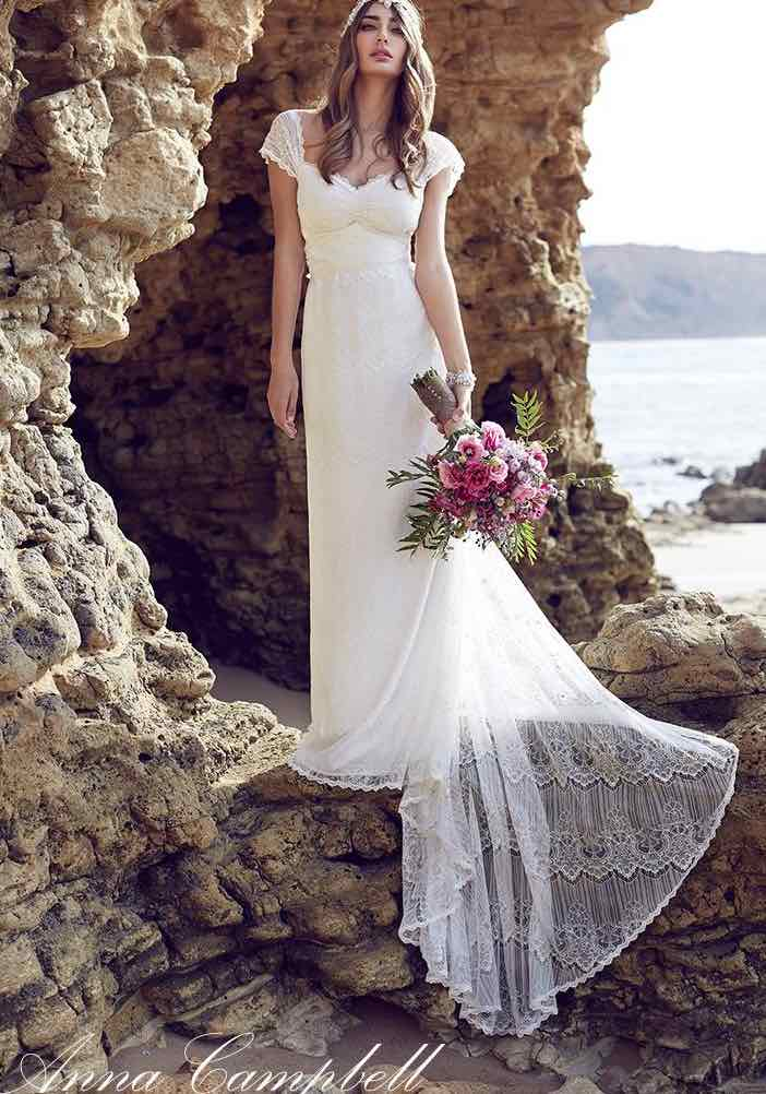 anna-campbell-wedding-dress-24-10222015nz