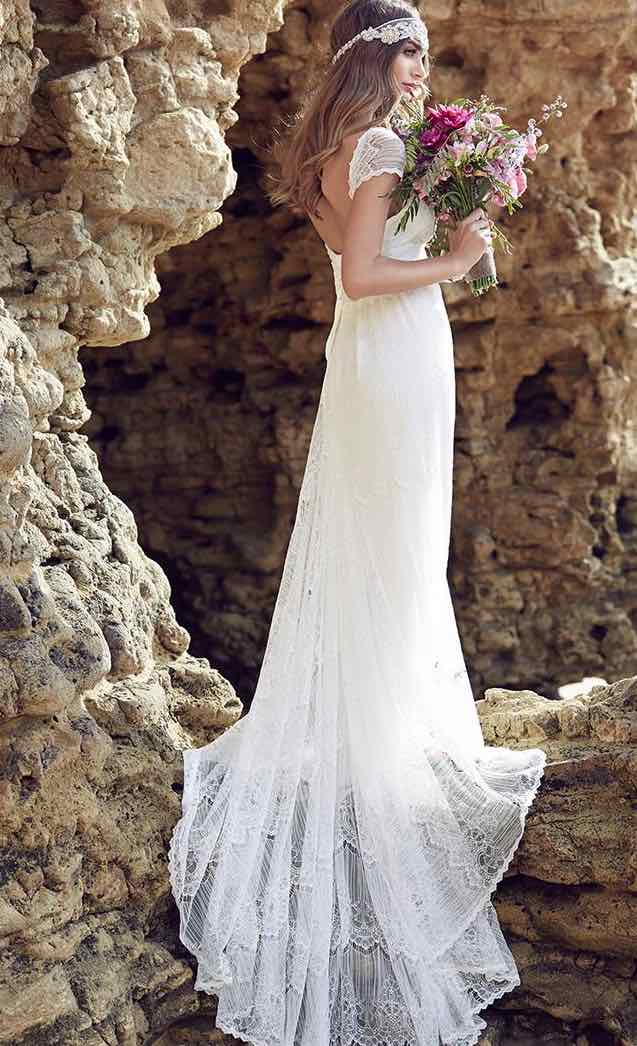 anna-campbell-wedding-dress-25-10222015nz