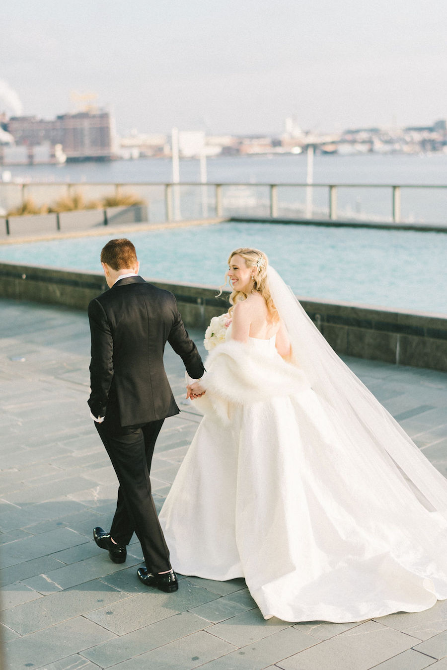 Sophisticated Black And White Baltimore Wedding At The