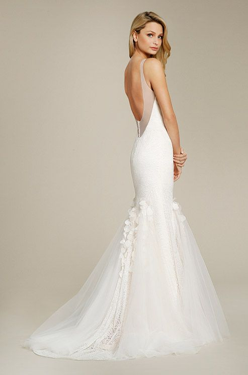 beach-wedding-dresses-21-08112015-ky