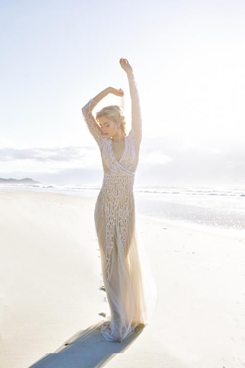 beach-wedding-dresses-23-08112015-ky
