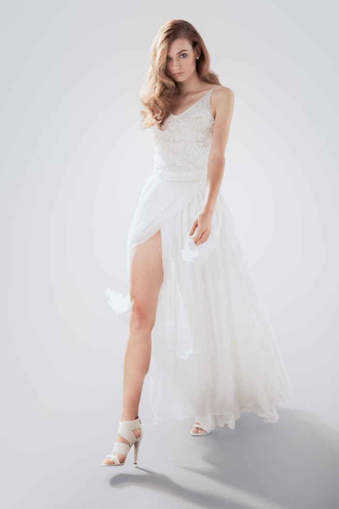 beach-wedding-dresses-5-08112015-ky