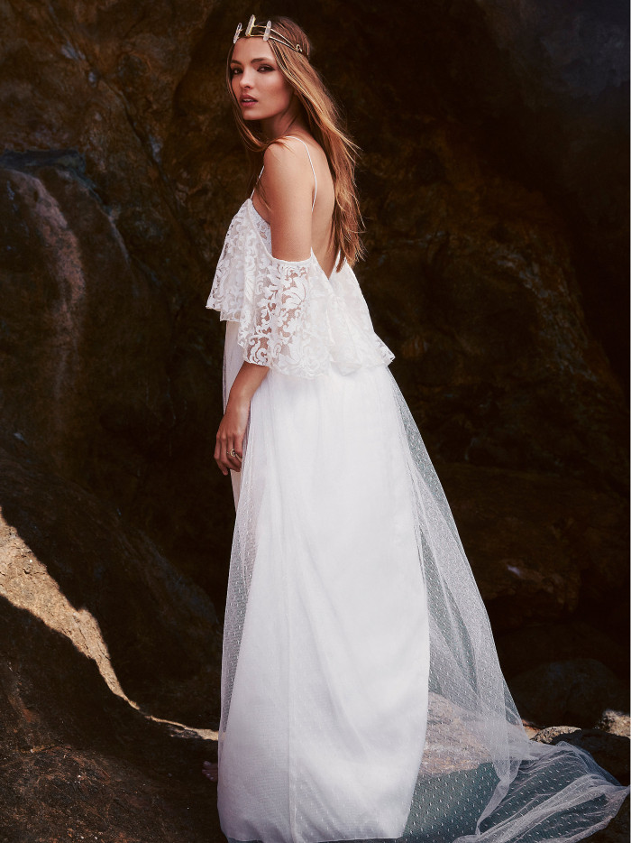 beach-wedding-dresses-7-08112015-ky