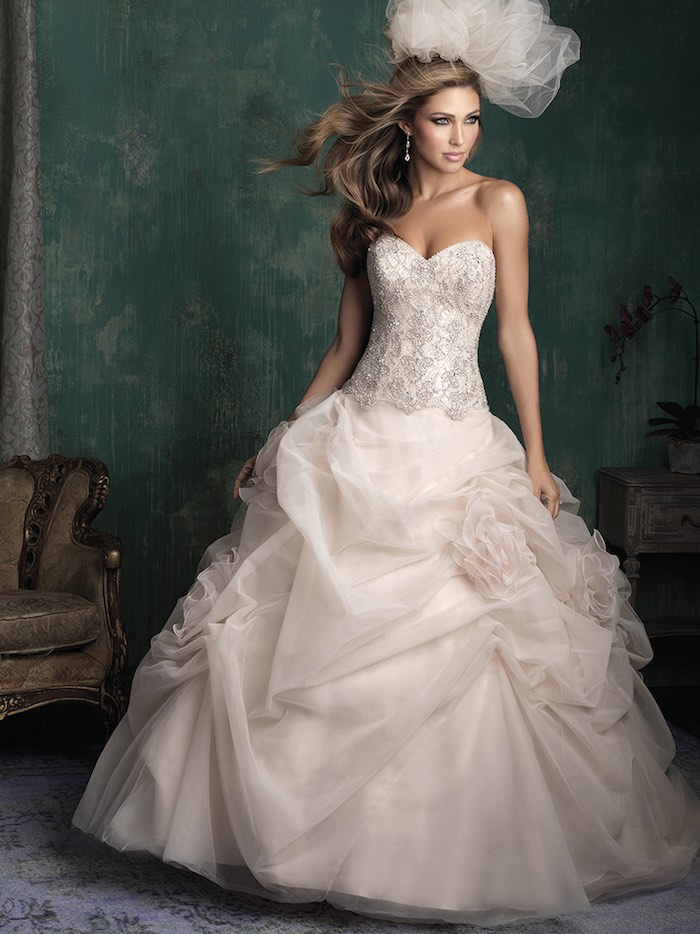 couture-wedding-dresses-1-09102015-km