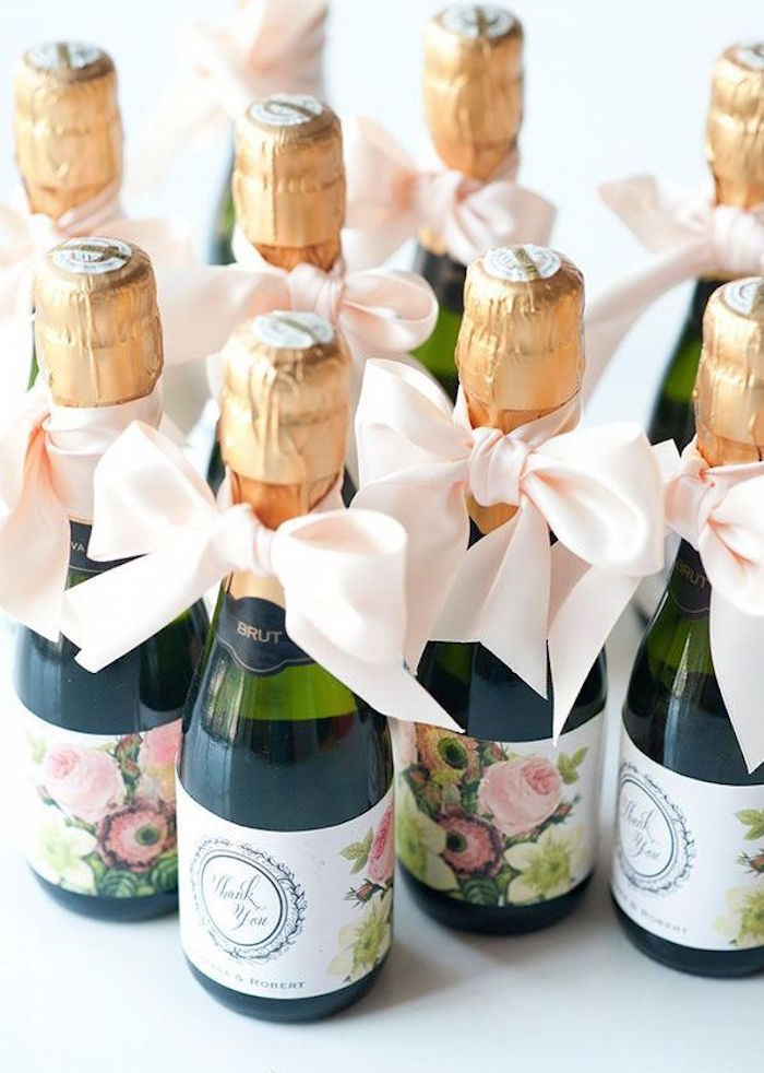 creative-wedding-favor-ideas-2-08302015-km