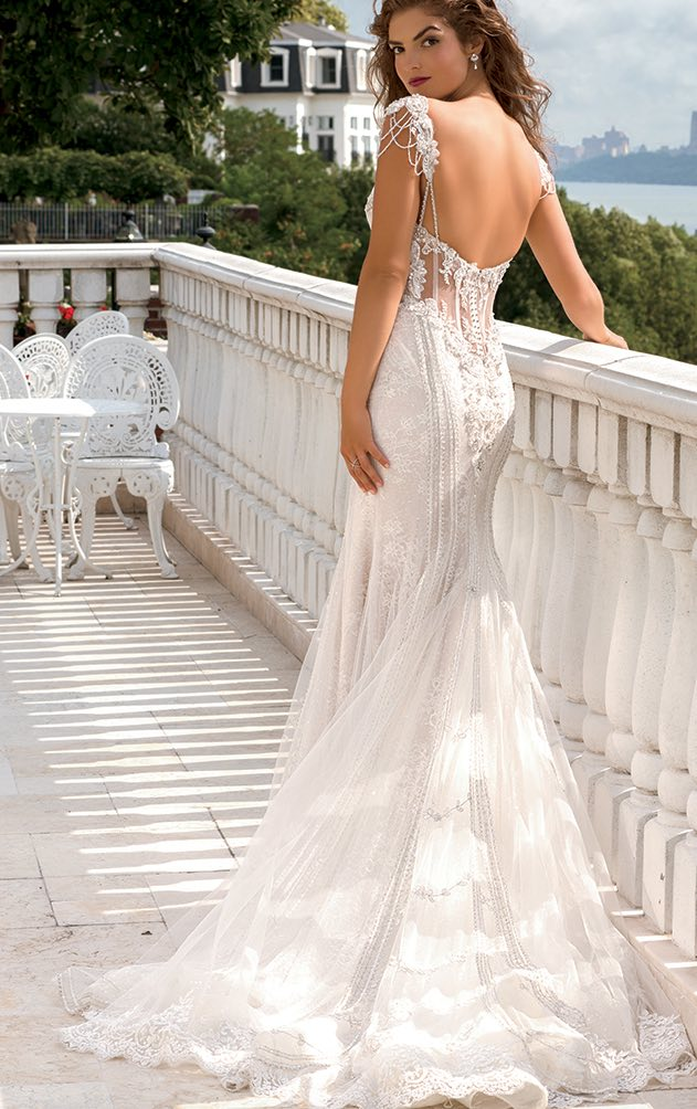 eve-of-milady-wedding-dress-11-03102016nz