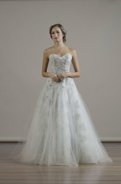 liancarlo-wedding-dress-18-090915ch