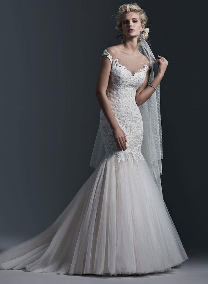 mermaid-wedding-dress-12-082715ch