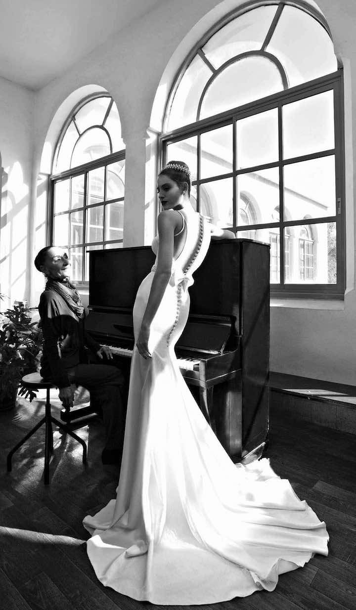 michal-medina-wedding-dress-19-08012015nz