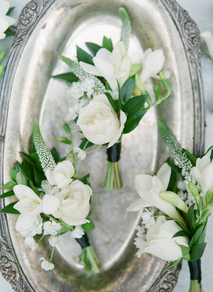Romantic Greenery Filled New Orleans Wedding with Romantic Details