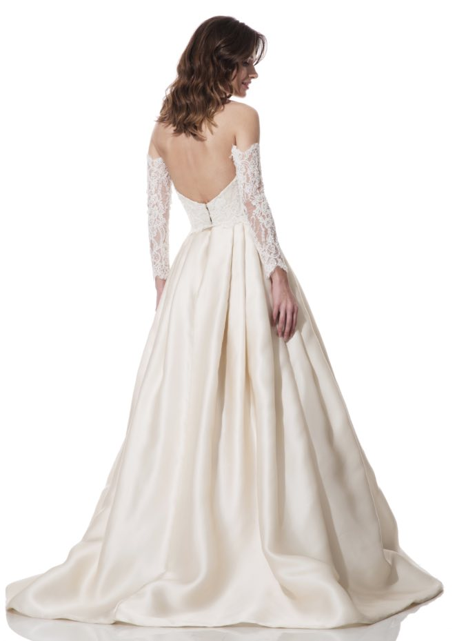 olia-zavozina-wedding-dress-17-10272015nz