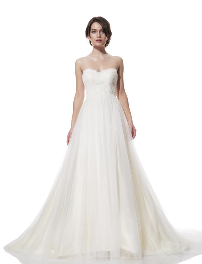 olia-zavozina-wedding-dress-4-10272015nz