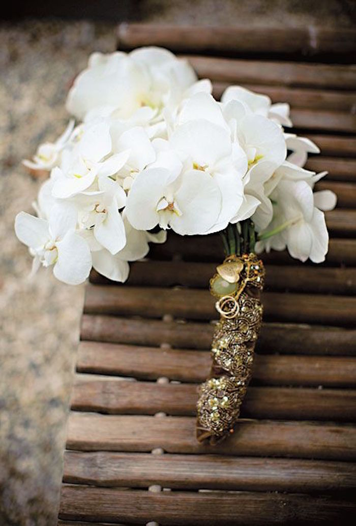 orchid-wedding-bouquets-17-09212015-km