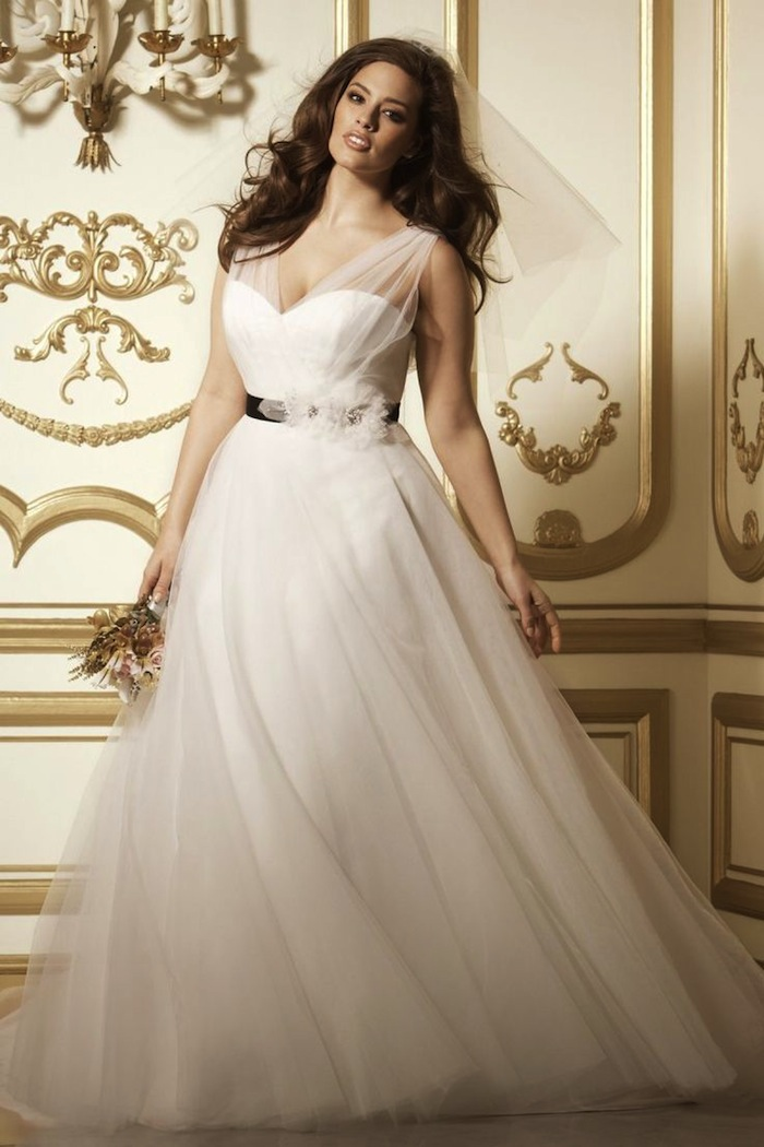 plus-size-wedding-dresses-1d-08172015-ky