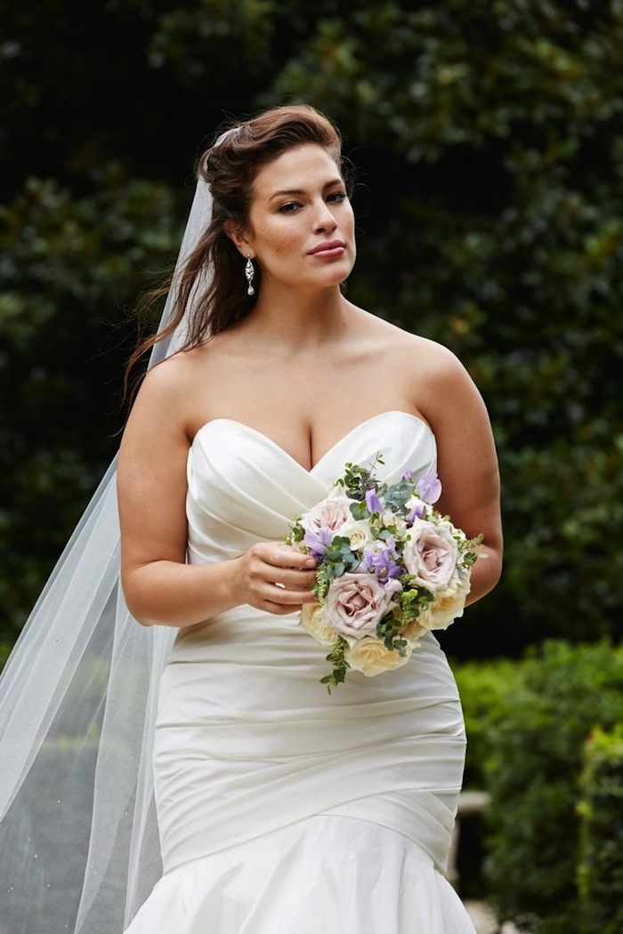 plus-size-wedding-dresses-1g-08172015-ky