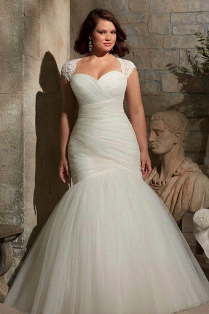 plus-size-wedding-dresses-2-08172015-ky