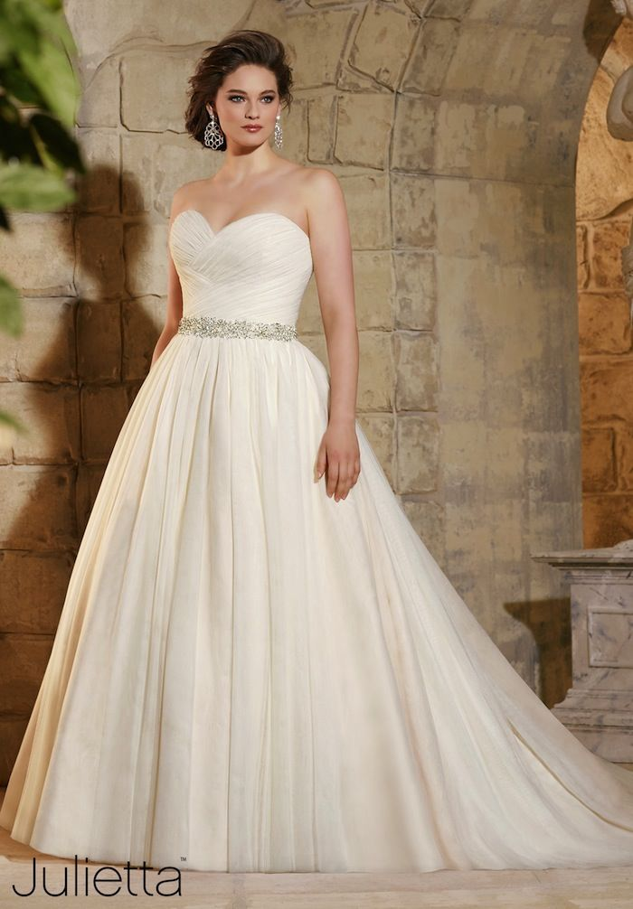 plus-size-wedding-dresses-3b-08172015-ky