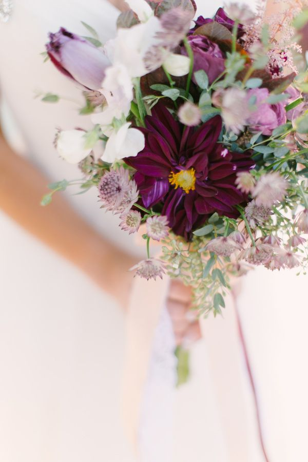 purple-wedding-bouquets-18-10122015-km