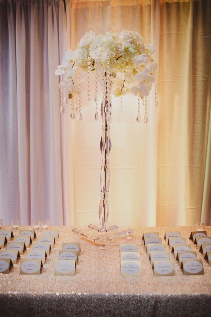 reception-decor-ed-08202015-ky2