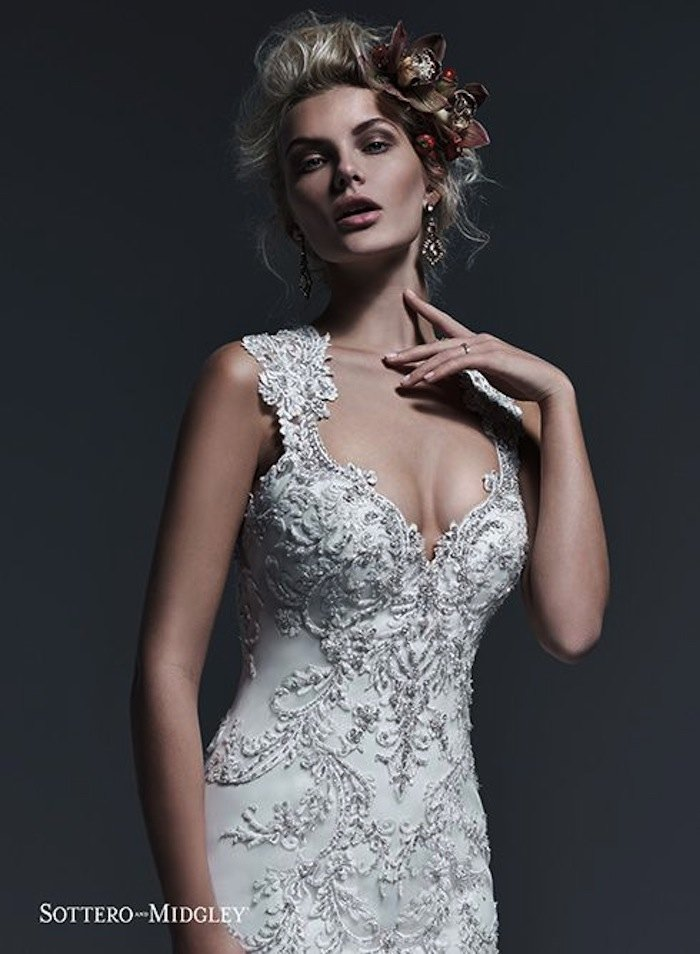 sexy-wedding-dresses-2-091020150-ky