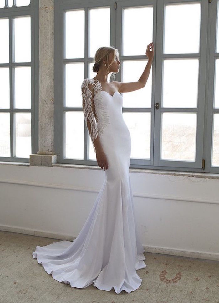 sexy-wedding-dresses-4-09112015-km