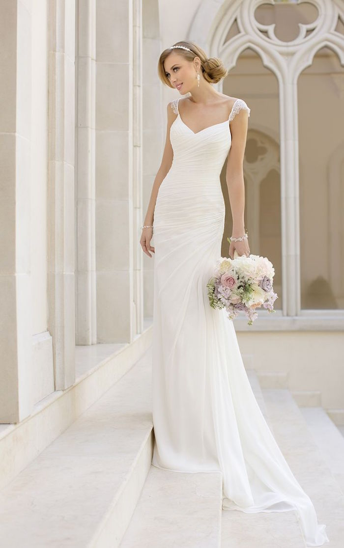simple-wedding-dresses-17-08172015-km