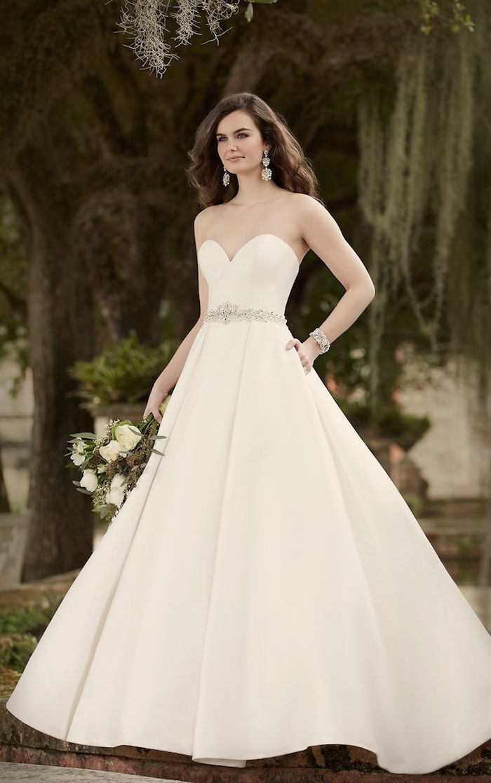 simple-wedding-dresses-19-08172015-km