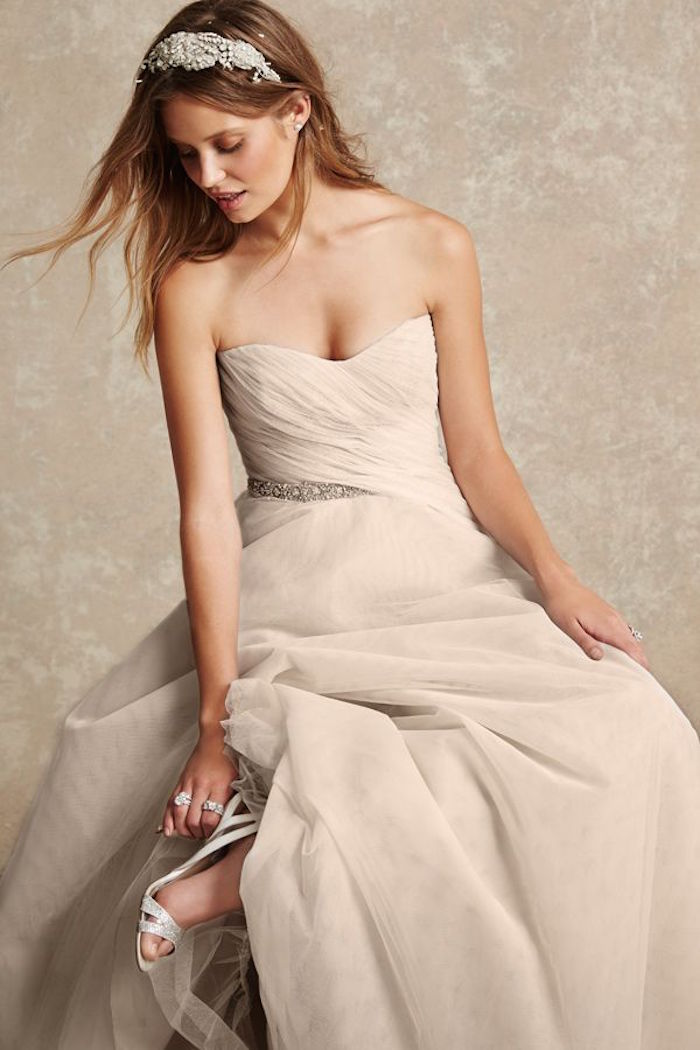 simple-wedding-dresses-2-08172015-km