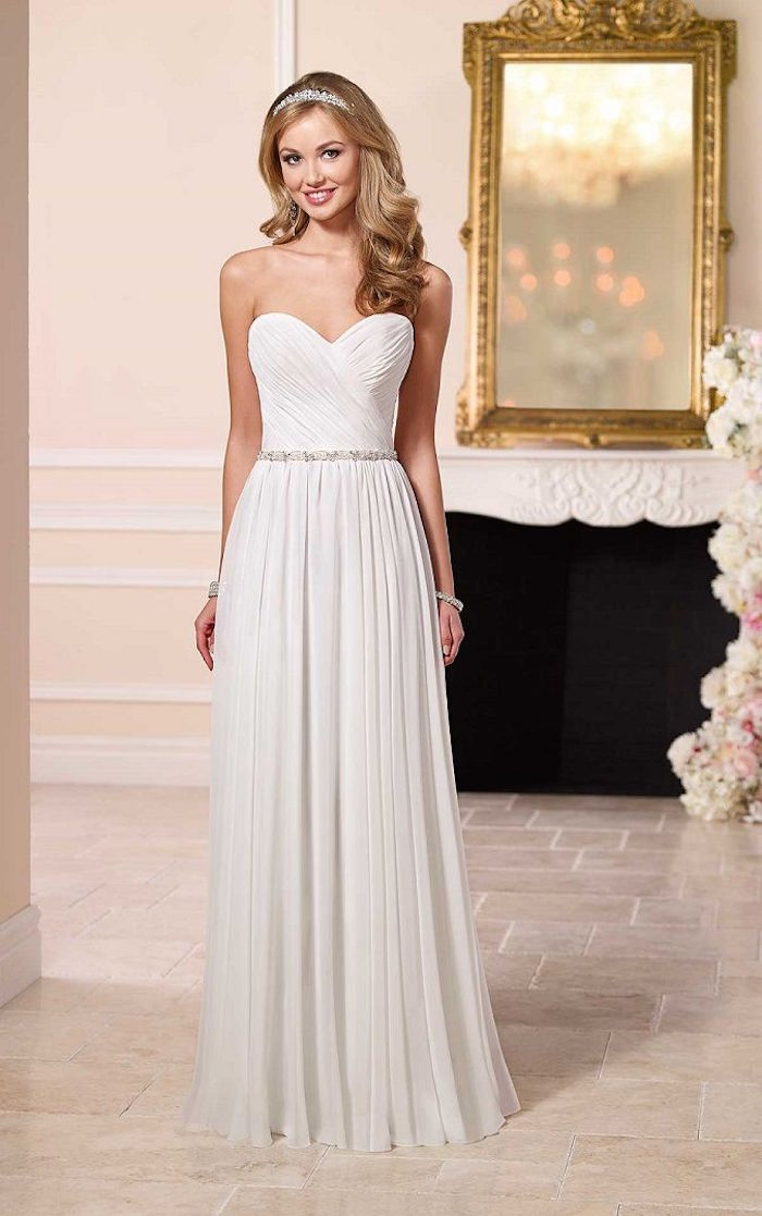 simple-wedding-dresses-20-08172015-km